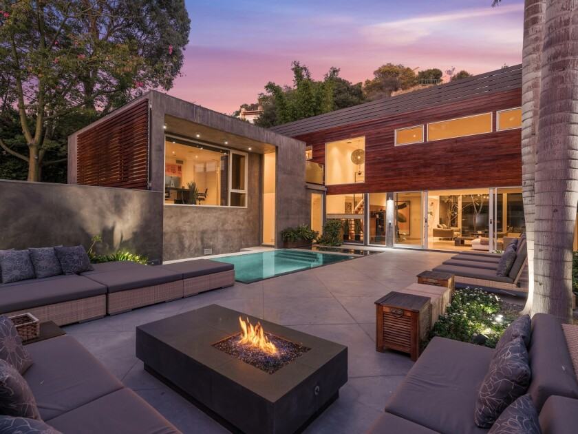 Known as the Honnold & Rex Research House, the Modernist residence was built in 1954 under the Architectural Products magazine research program, which encouraged experimentation with materials and designs.