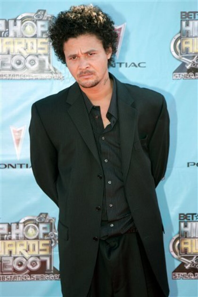 in this  Oct. 13, 2007 file photo, rapper Bizzy Bone arrives at the BET Hip Hop Awards in Atlanta.  (AP Photo/Jeff Christensen, File)