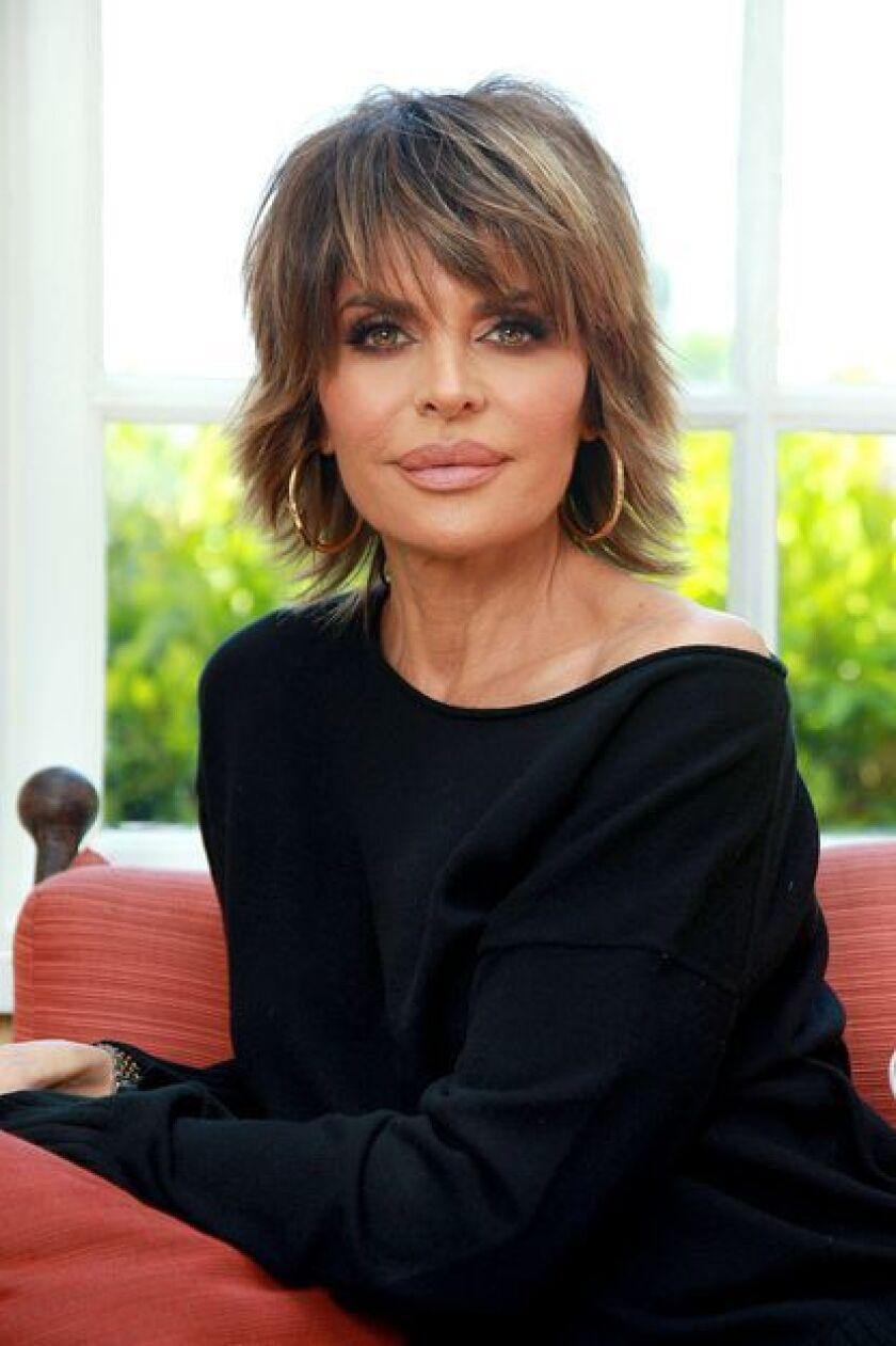 """La actriz y estrella de """"Real Housewives of Beverly Hills"""" Lisa Rinna en su casa."""