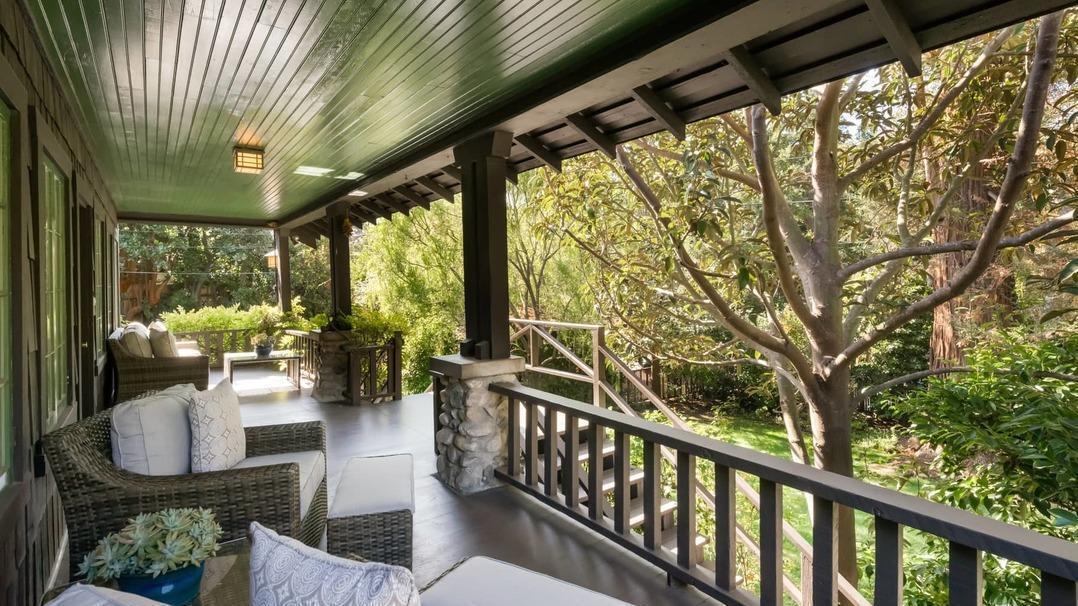 Ted Danson & Mary Steenburgen | Hot Property