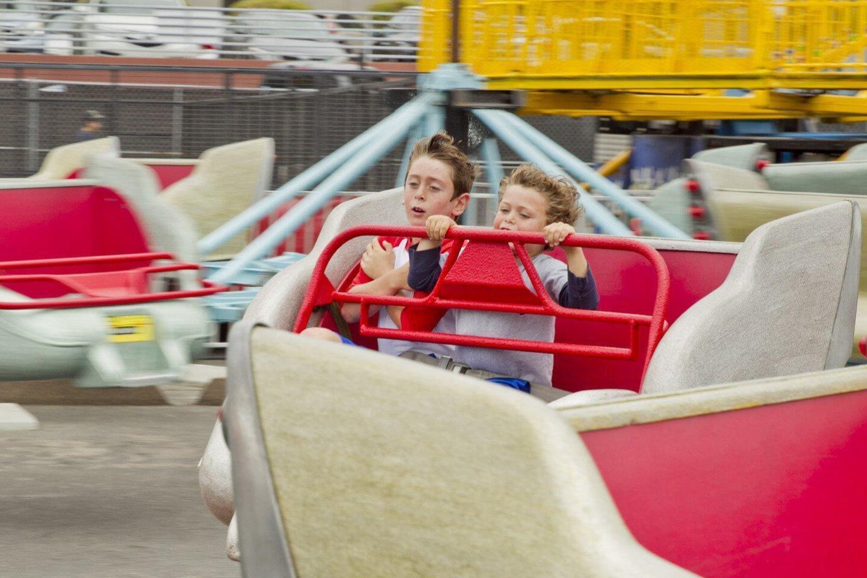 Ashton and Cameron Shayman on the Sizzler ride