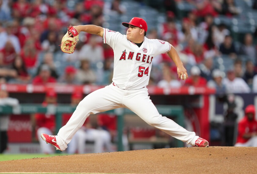 Angels left-hander Jose Suarez delivers a first-inning pitch Sept. 28, 2019.