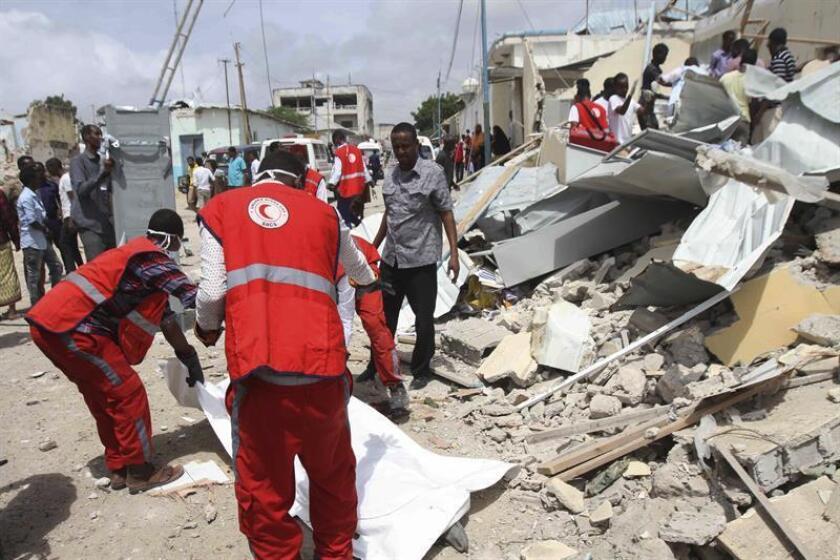 Las Fuerzas Armadas estadounidenses, en coordinación con el Gobierno de Somalia, asesinaron este viernes a 20 miembros del grupo terrorista Al Shabab mediante un ataque aéreo en defensa propia a 50 kilómetros al noroeste de Kismayo, provincia de Juba, informó hoy el Comando África de EE.UU. EFE/Archivo