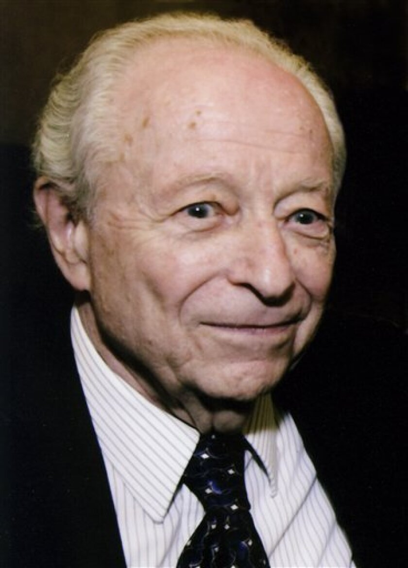 This undated photo provided by The Weekly Standard shows Irving Kristol, who died Friday, September 18, 2009.  He Was 89.  (AP Photo/The Weekly Standard)
