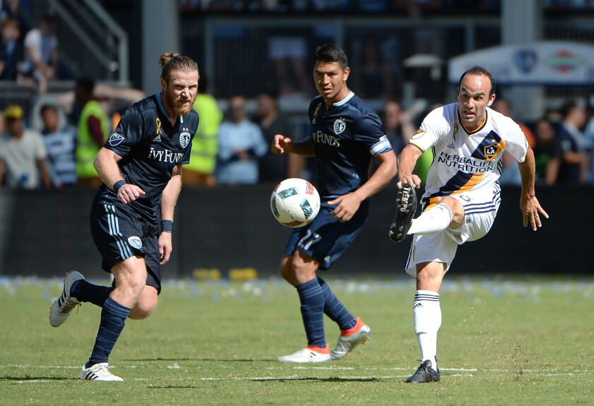 'San Donovan' salva al Galaxy de la derrota contra Sporting Kansas City.