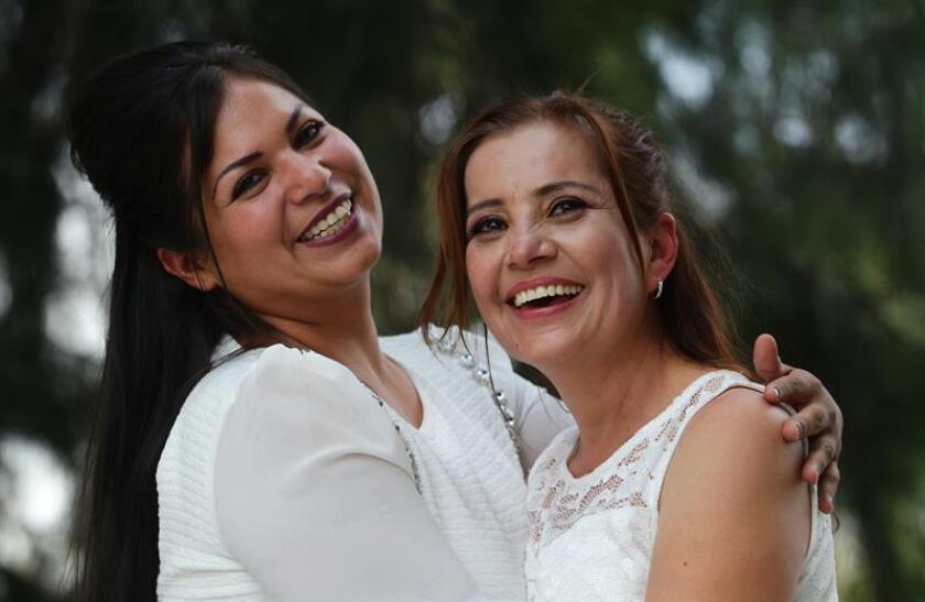 Los diputados de la Asamblea Constituyente de la Ciudad de México elevaron hoy a rango constitucional el matrimonio igualitario, por lo que se reconoce en igualad de derechos a las familias formadas por parejas del colectivo LGBTTTI. EFE/ARCHIVO