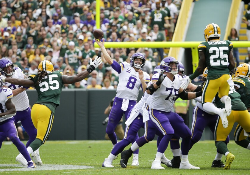 Vikings Cousins Recover Football