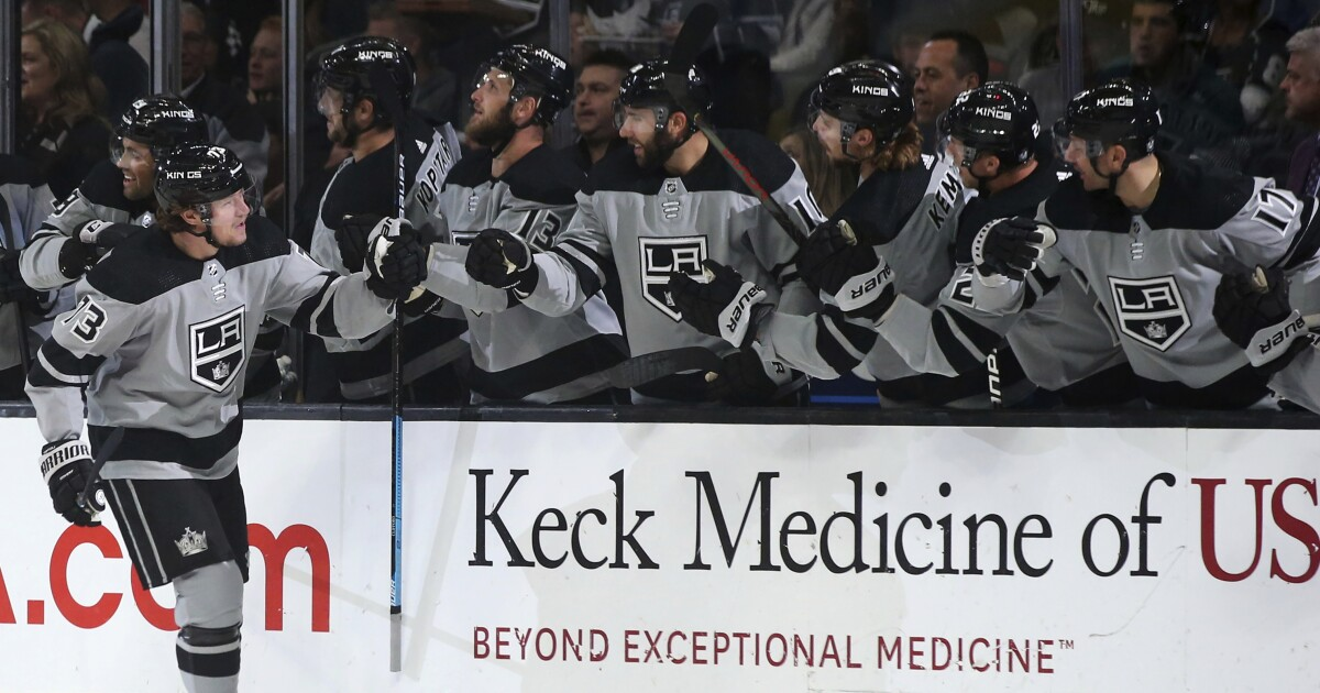 Kings' second line shows off chemistry — and scoring prowess — against Flames