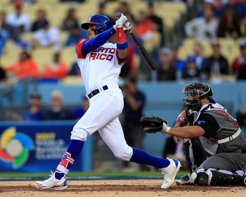 En la imagen, el beisbolista Carlos Correa de Puerto Rico. EFE/Archivo