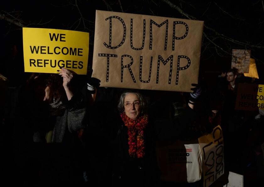 'Dump Trump'
