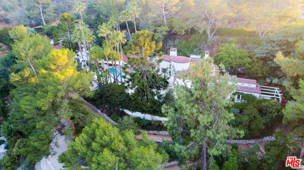 Katy Perry's Hollywood Hills West house   Hot Property