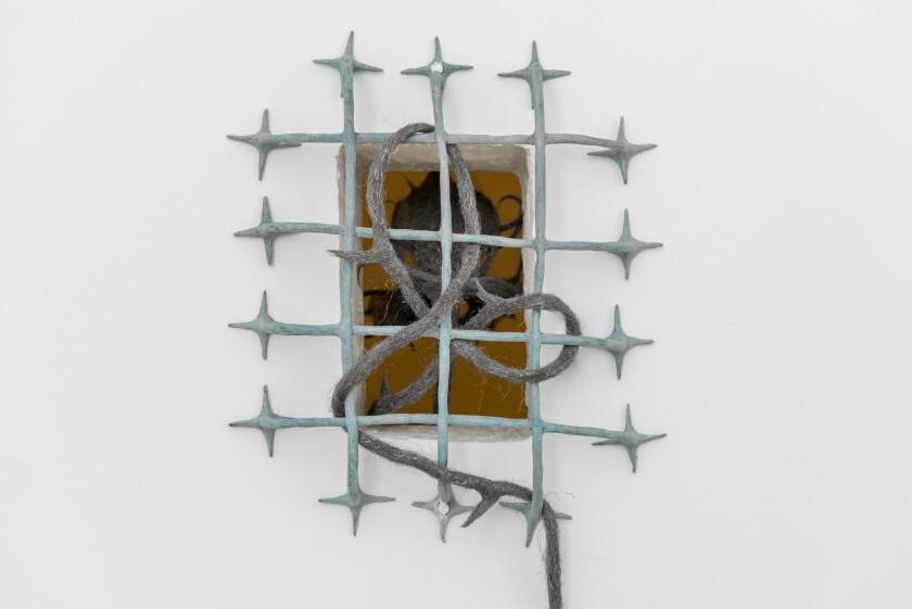 """Détail de"""" La nymphe de la fenêtre """"du duo d'artistes ASMA."""