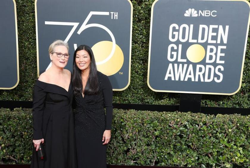 Meryl Streep (L) and Ai-jen Poo arrive for the 75th annual Golden Globe Awards ceremony at the Beverly Hilton Hotel in Beverly Hills, California, USA, 07 January 2018. EFE