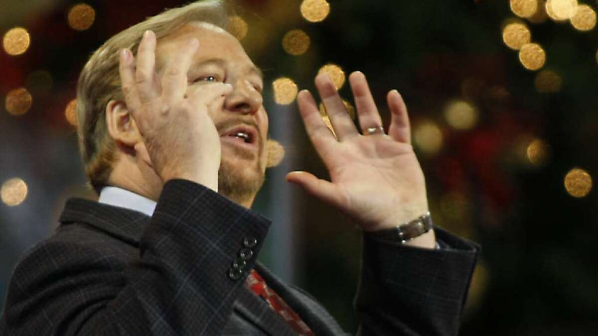 Rick Warren Christmas 2021 Sermons Pastor Rick Warren Returns To Pulpit At Saddleback Church Los Angeles Times