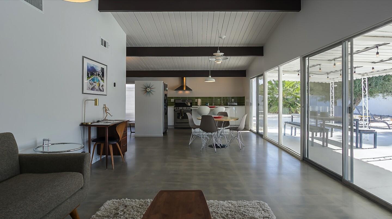 Debbie Reynolds' former Palm Springs home | Hot Property