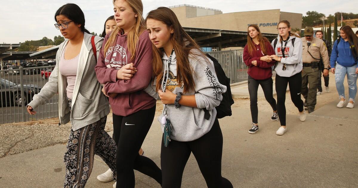 Newsletter: Ätherische Kalifornien Woche im Rückblick: Saugus High School shooting