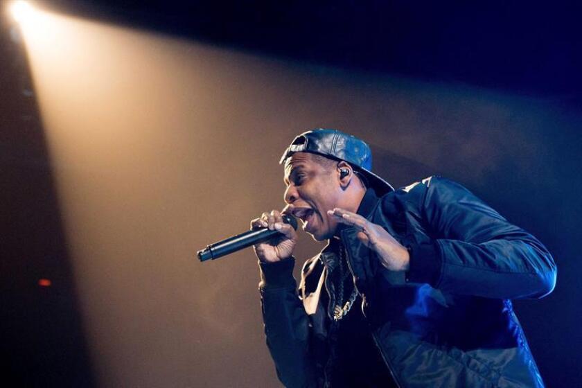 Fotografía en la que se muestra al rapero estadounidense Jay Z durante una actuación en el Ziggo Dome de Amsterdam, Holanda. EFE/Archivo