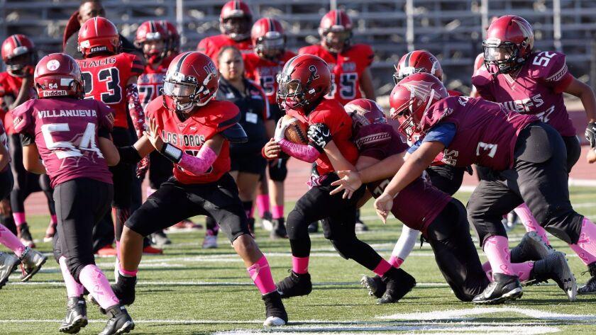 3022218_sd_sp_youthfootball_NL_NL San Diego, CA October 14, 2017 Pee Wee football league featurin