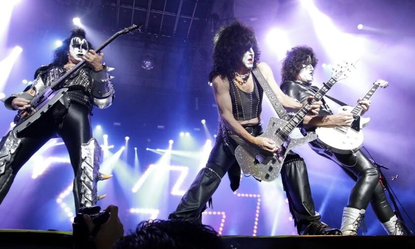 Kiss en concierto llega a México.