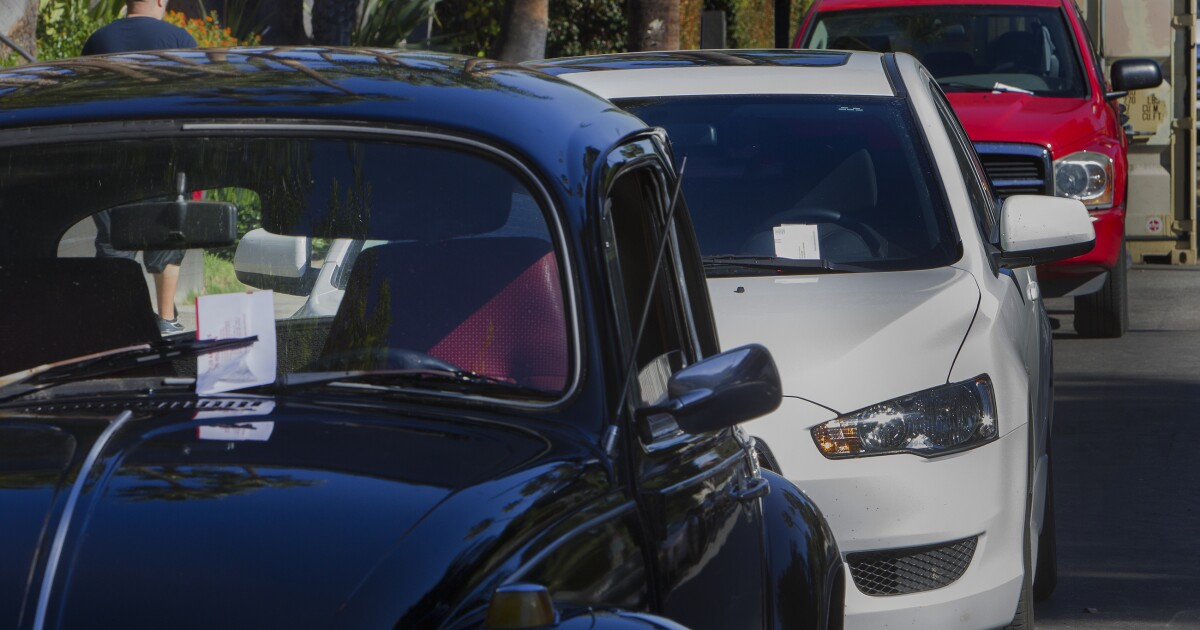 L.A.'s street sweeping cuts could mean fewer parking tickets - Los Angeles Times