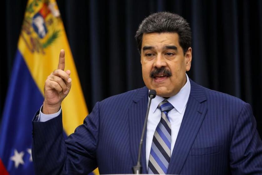 El presidente venezolano, Nicolás Maduro, habla durante una rueda de prensa, hoy en la Sala de Prensa Simón Bolívar, del palacio de Miraflores en Caracas (Venezuela). EFE/Archivo