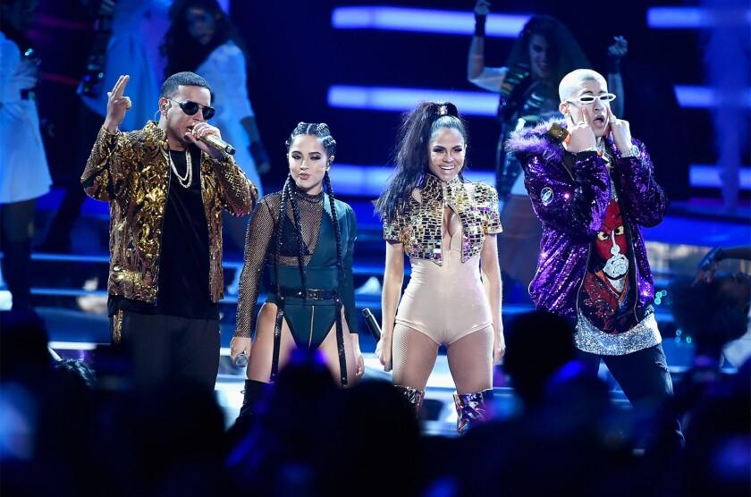 Daddy Yankee, Bad Bunny, Becky G y Natti Natasha.
