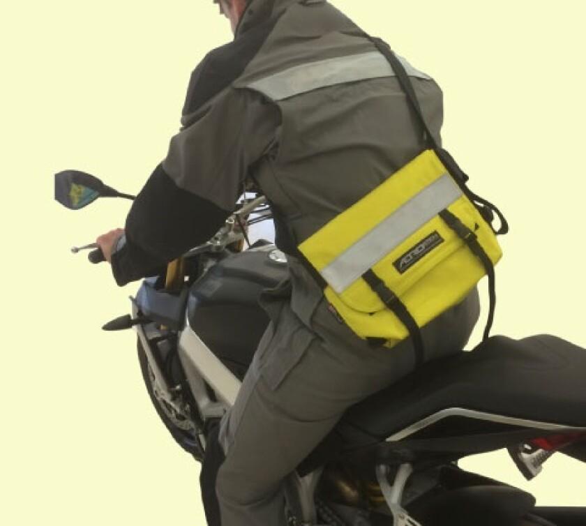 Messenger bag by Aerostitch.