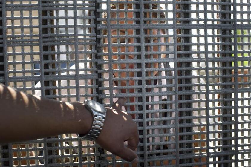 Un tribunal de apelaciones ordenó a las autoridades migratorias de ese país que reconsideren la polémica deportación, llevada a cabo el año pasado, de una mujer mexicana madre de cuatro niños estadounidenses. EFE/Archivo