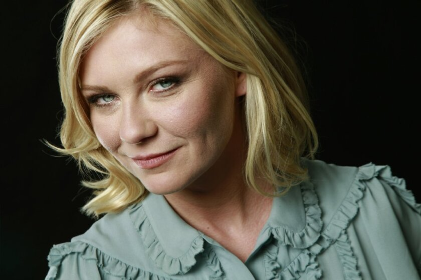 "Kirsten Dunst had to repeatedly reassure her mother that her character didn't die in Season 2 of ""Fargo."""