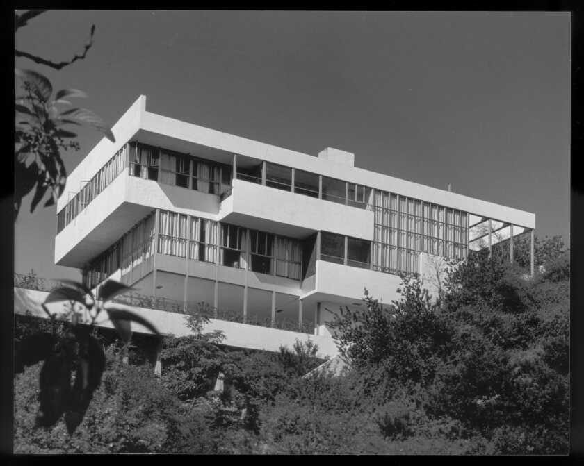 """A photograph featured in """"Sun Seekers: The Cure of California"""" of a view of the Lovell ?Health House"""