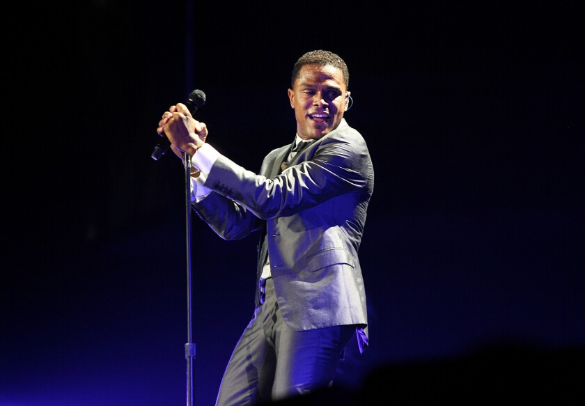 Maxwell announces comeback tour, including Staples Center date