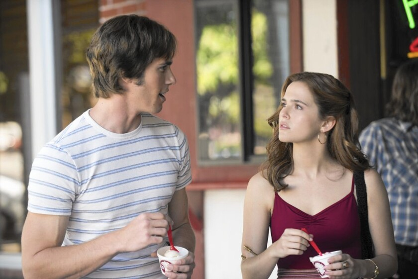 Review: Richard Linklater's 'Everybody Wants Some!!' is bigger than it looks, deeper than it seems