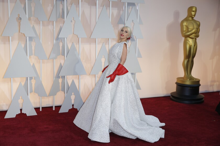 Lady Gaga and her gloves at Oscars 2015