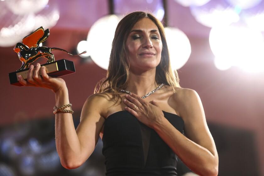 """Audrey Diwan gana el León de Oro a la mejor película por """"Happening"""" en el Festival de Cine de Venecia"""