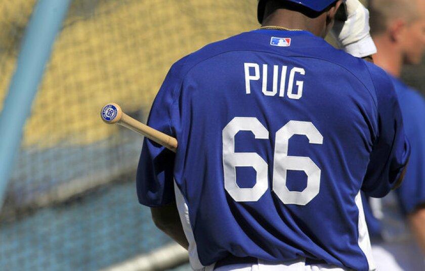 Yasiel Puig sets Dodgers merchandise sales record