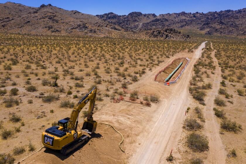 3083916_la-fi-aliso-canyon-gas-pipeline-explosion_1_BRV-184554161