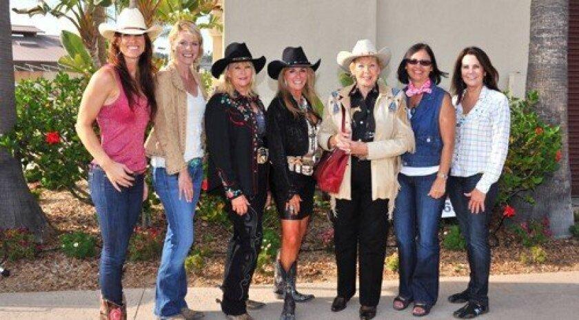 Jenna Daley, Karen Ventura, Joan Scott, Gina Daley, Donna Herrick, Lois Jones, Kathy Lathrum (Photos: Robert K. Scull)