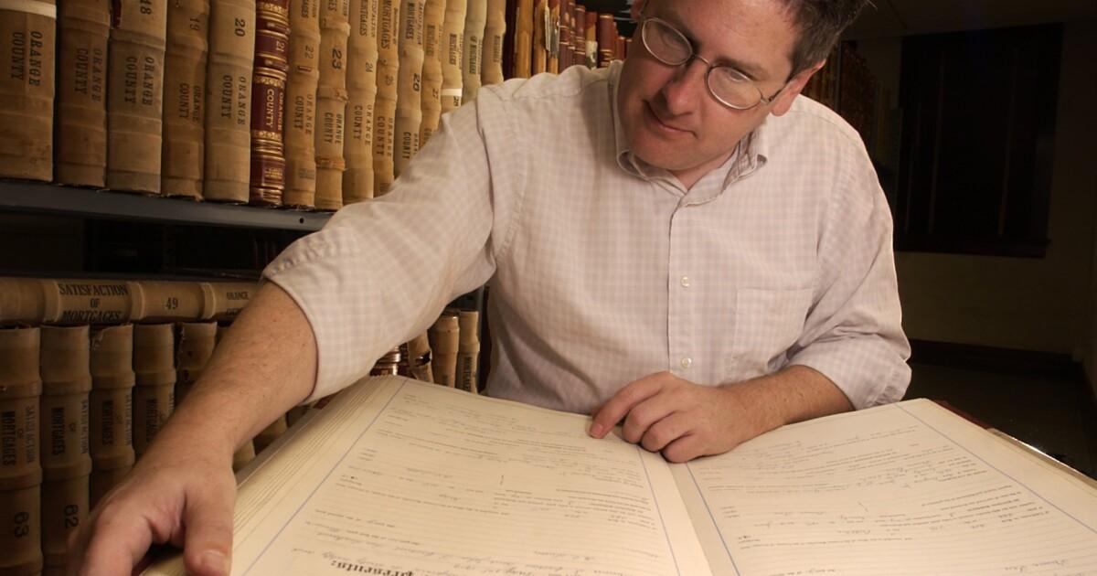 フィルBrigandi,chroniclerのオレンジカウンティのハンティントン歴史、金型60