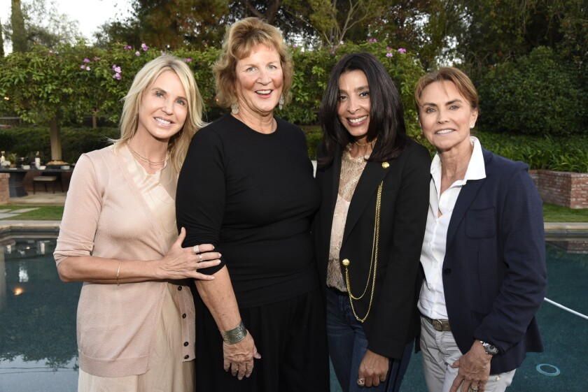 Bill's Angels captains Amy Koman, Host Julie Tafel Klaus, Ommid Asbaghi, Denise Hawkinson