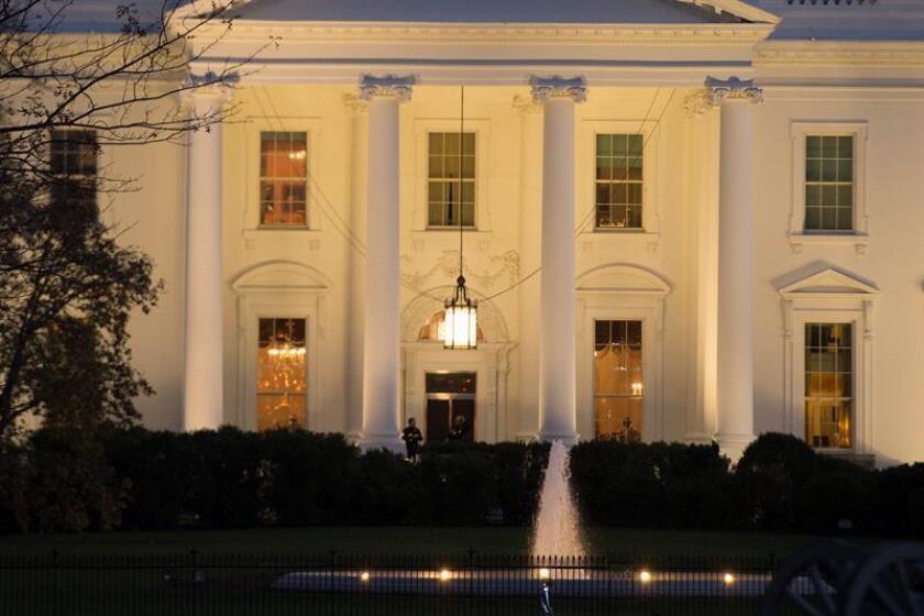 Activistas molestos por paro de línea de comentarios de la Casa Blanca