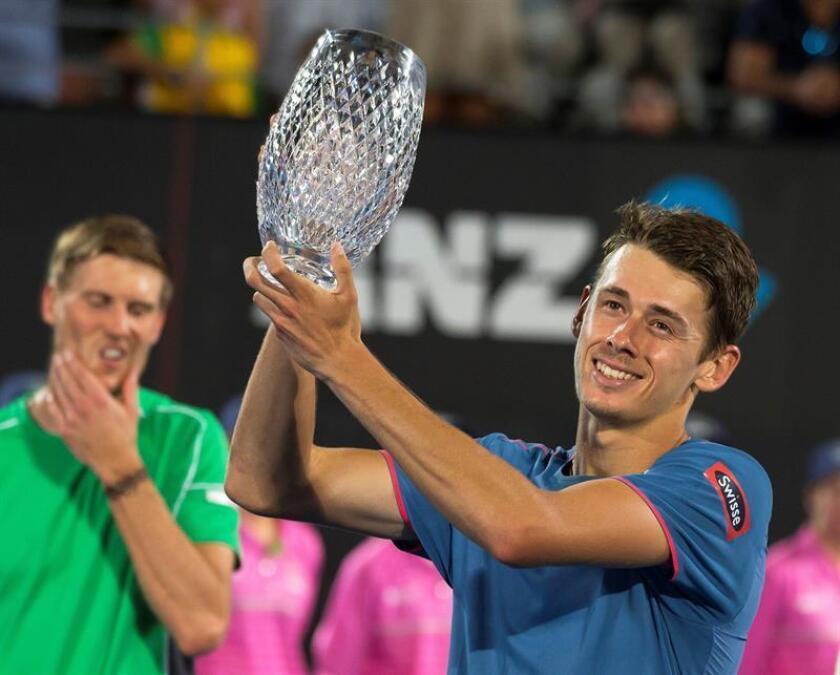 El tenista australiano Alex De Miñaur (27), quien llega a Melbourne tras conseguir su primer título ATP en Sídney. EFE