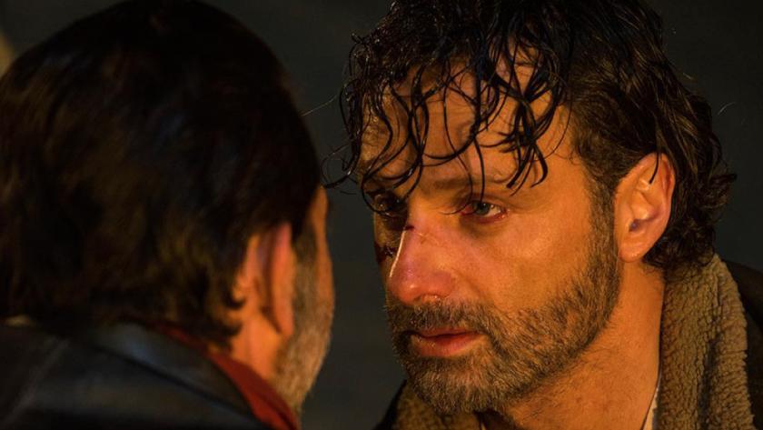 El primer capítulo de la séptima temporada de la famosa serie de zombies dejó a muchos boquiabiertos, a otros llenos de ira, y a algunos llorando desconsoladamente.