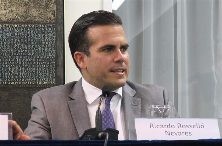 El gobernador de Puerto Rico, Ricardo Rosselló, participa durante una conferencia de prensa. EFE/Archivo