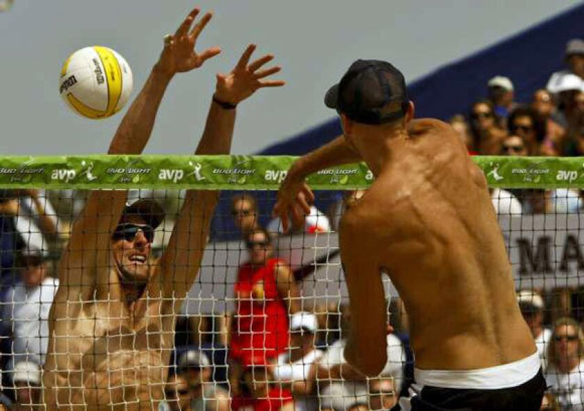 Pro beach volleyball league AVP is sold to O.C. businessman