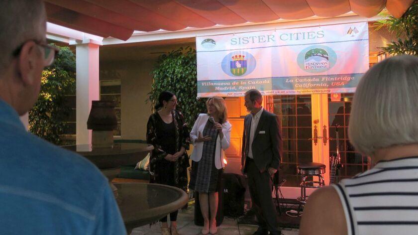 LCF Sister Cities Assn. President Vicki Schwartz, center, welcomes Spanish teachers Maria Iria Rodri
