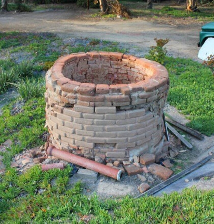 This kiln once belonged to the La Jolla Clay Products Company off Torrey Pines Road. The owner of the land where it remains seeks a home for the artifact in anticipation of developing his property. If interested, call Chin Lai at (858) 349-4359.