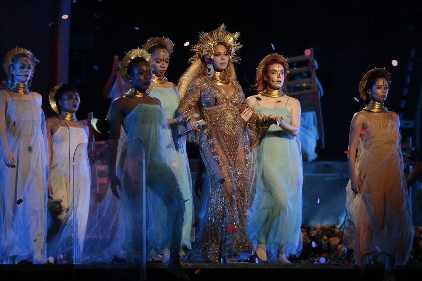 Beyoncé at the Grammys 2017