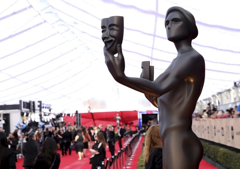 The Actor en la 23 entrega de los annual Screen Actors Guild Awards en el Shrine Auditorium.