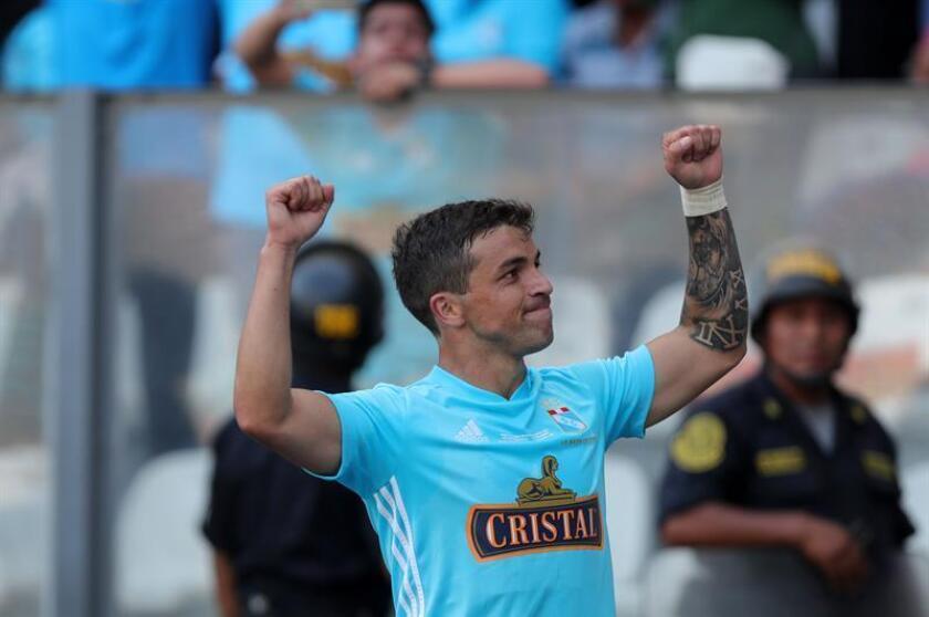 En la imagen, el delantero uruguayo Gabriel Costa. EFE/Archivo