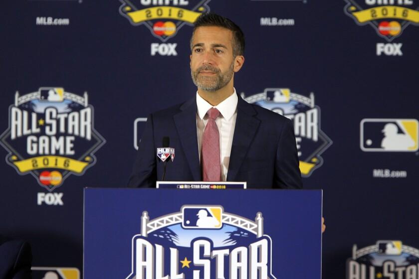 Matt Vasgersian will call Padres-Dodgers Game 3 on Thursday.